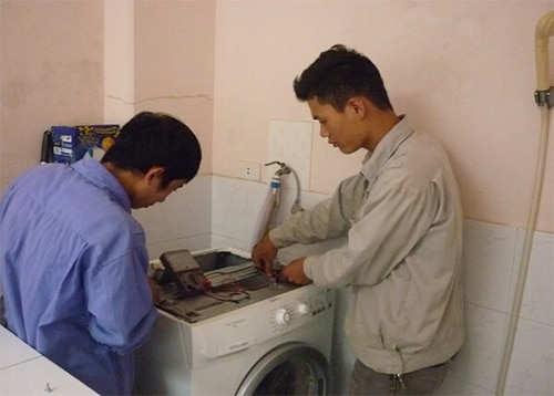 sua-may-giat-electrolux3